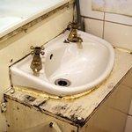 Lavandino del bagno del pub