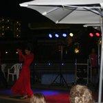 Flamenco show bij het zwembad