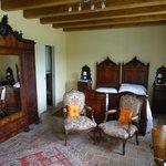 Gorgeous room - Antique furniture