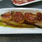sea scallops with Romesco and leeks