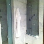Problem shower access