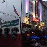 flannerys bar shannon street