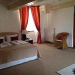 bedroom of room no. 17