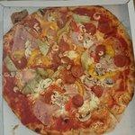"""Pizza """"Fiorita"""""""