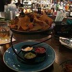 Curry conch nachos