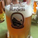 das hervorragend selbstgebraute Bier