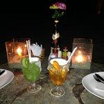 Caipirinha de kiwi e tangerina (feitas com Gabriela)