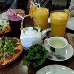 No pudimos quedarnos con las ganas de probar un poco más de las delicias de Café Morena y volvim