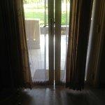 Gap in front door