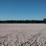 Praia das areias brancas em agosto de 2014