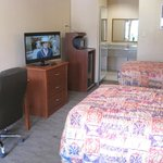TWO DOUBLE BEDS SUITE - 2