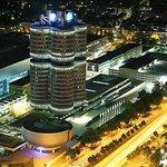 オリンピックタワーからBMW HQ