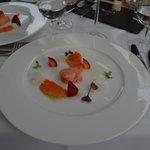 Öra-King Lachs mit Erdbeeren