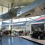 BMW ワールド