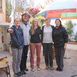 Dominique, Caroline et Julie en compagnie d'Ebo et Tania