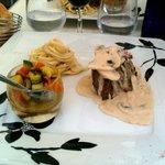 le filet de boeuf accompagné de sa verrine de légumes croquants