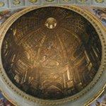 要多從幾個角度看圓頂