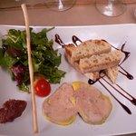 Entrée : Foie gras conpotée de dattes