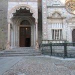 Porta settentrionale (detta dei Leoni Rossi)