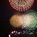 海浜幕張公園のシーサイド席(駐車場)からの花火の眺め