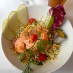 Asian slaw salad with salmon - delicious