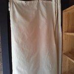 カーテンの向こうが女性の脱衣所
