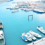 離島ターミナル側の眺め 海の色が最高