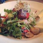 La salade de saumon fumé à chaud!