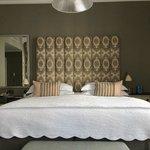 De luxe room:espaço,confortável,lençóis de alta qualidade,decoração primorosa.