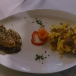 Bis di antipasto con polenta porcini e tartufo