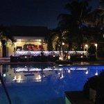 RWI pool and restaurant