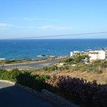 jolie vue de la chambre sur la mer,