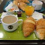 Plateau petit déjeuner (buffet à volonté)