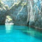 Dal pedalò vista dell Arcomagno...acqua cristallina