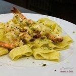 Calamarata di mazzancolle e pistacchio di bronte