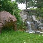 Dinosaure dans son milieu naturel