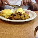 Grandma Pat's Eggs Benedict