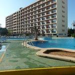 hotel vue sur piscine