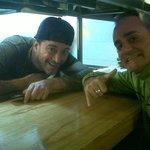 Con el chef Lele que siempre te recibe con una sonrisa