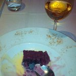 The late-vintage portuguese sweet wine which combined perfectly with the Crimson cake...