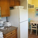 2 Bedroom 2 Bath Apt. Kitchen