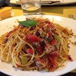 Deliciosa pasta con toque siciliano en Vicenza