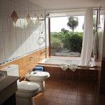 Salle de bain vue sur la mer