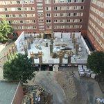 Baustelle - Hier wird auch Samstag und Sonntag gearbeitet