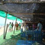 Eat on the beach