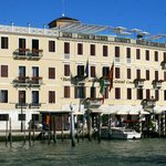 View from the Grand Canal to the front of the Hotel