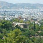 El templo de Hefestio visto desde la Acropolis