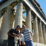 Con amigos en el templo de Hefestio