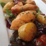 Light menu potato chicken chorizo salad