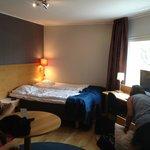 Rummet -  2 enkelsängar, 2 våningsängar, 1 bäddsoffa